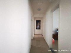 押一付二 天地凤凰城 3室2厅 精装修 拎包入住 超值价格